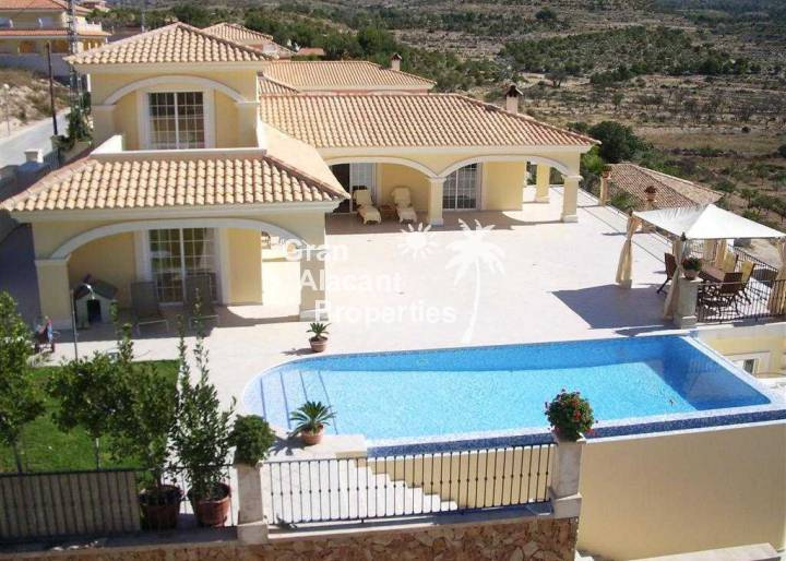 Detached Villa - Sale - Alicante - Pueblo