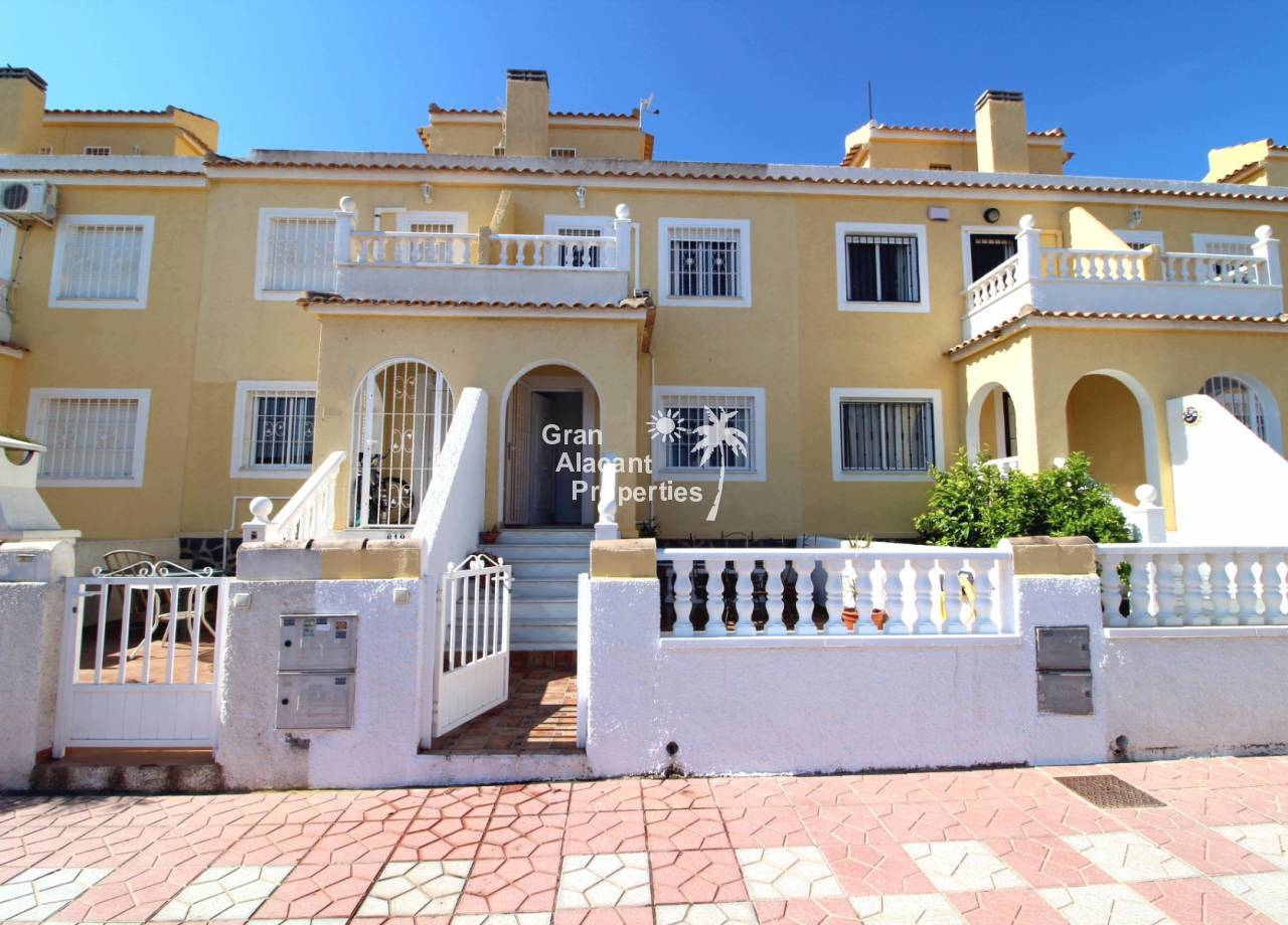 REF 10180 Aurora Plus In Sought After Lower Gran Alacant Community