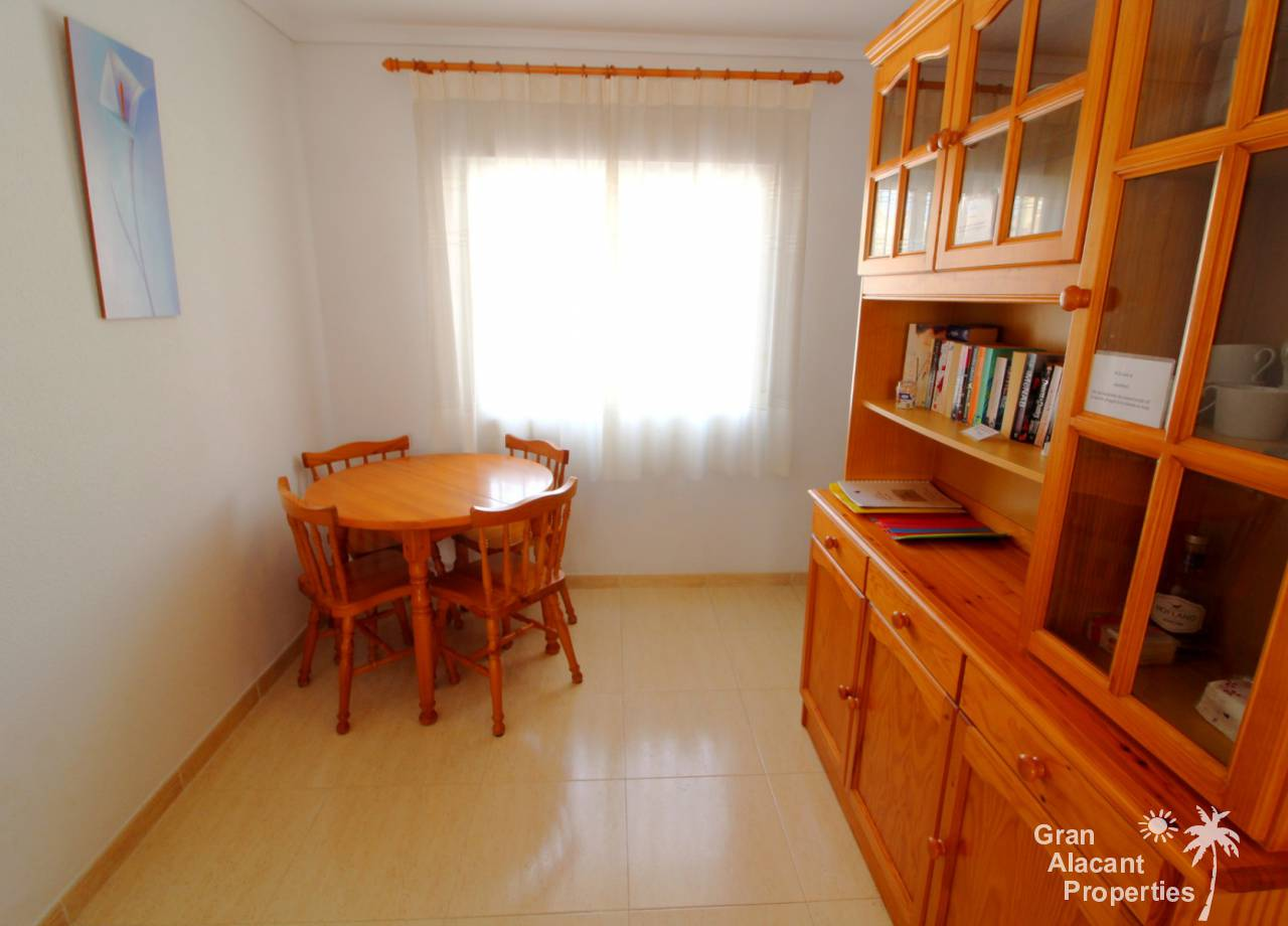 REF 10189 Bargain Lower Gran Alacant Townhouse