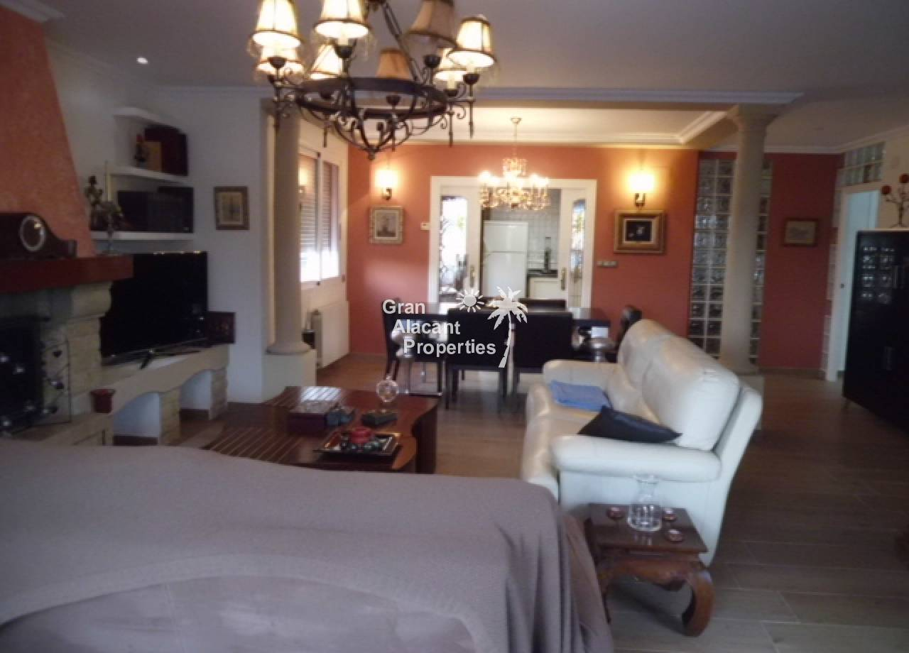 Sale - Country House - El Altet - Los Limoneros